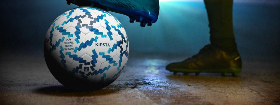 Lancement du ballon officiel de la Danone Nations Cup