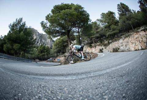 VAN RYSEL devient partenaire officiel de l'équipe cycliste COFIDIS sur le textile performance pour deux saisons.<br/>
